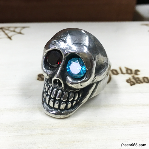 Smile Skull Silver Ring with synthetic Stones 19호